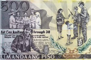 8002667-close-up-shot-of-500-philippines-peso-Stock-Photo